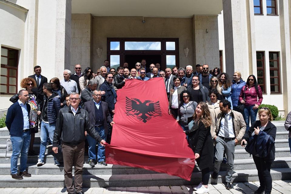 Arbëreshët vëllezërit tanë nga Italia vizituan komunën dhe qytetin e Prizrenit